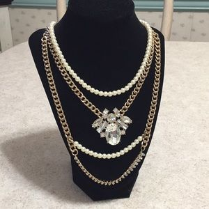 WOMENS GOLD TONE CHAIN PEARL AND CRYSTAL NECKLACE